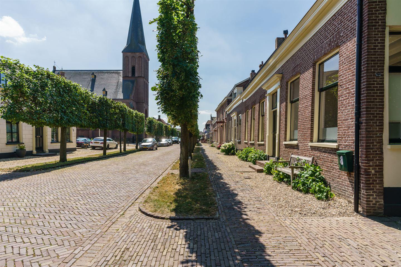 Bekijk foto 2 van Voorstraat 6 8
