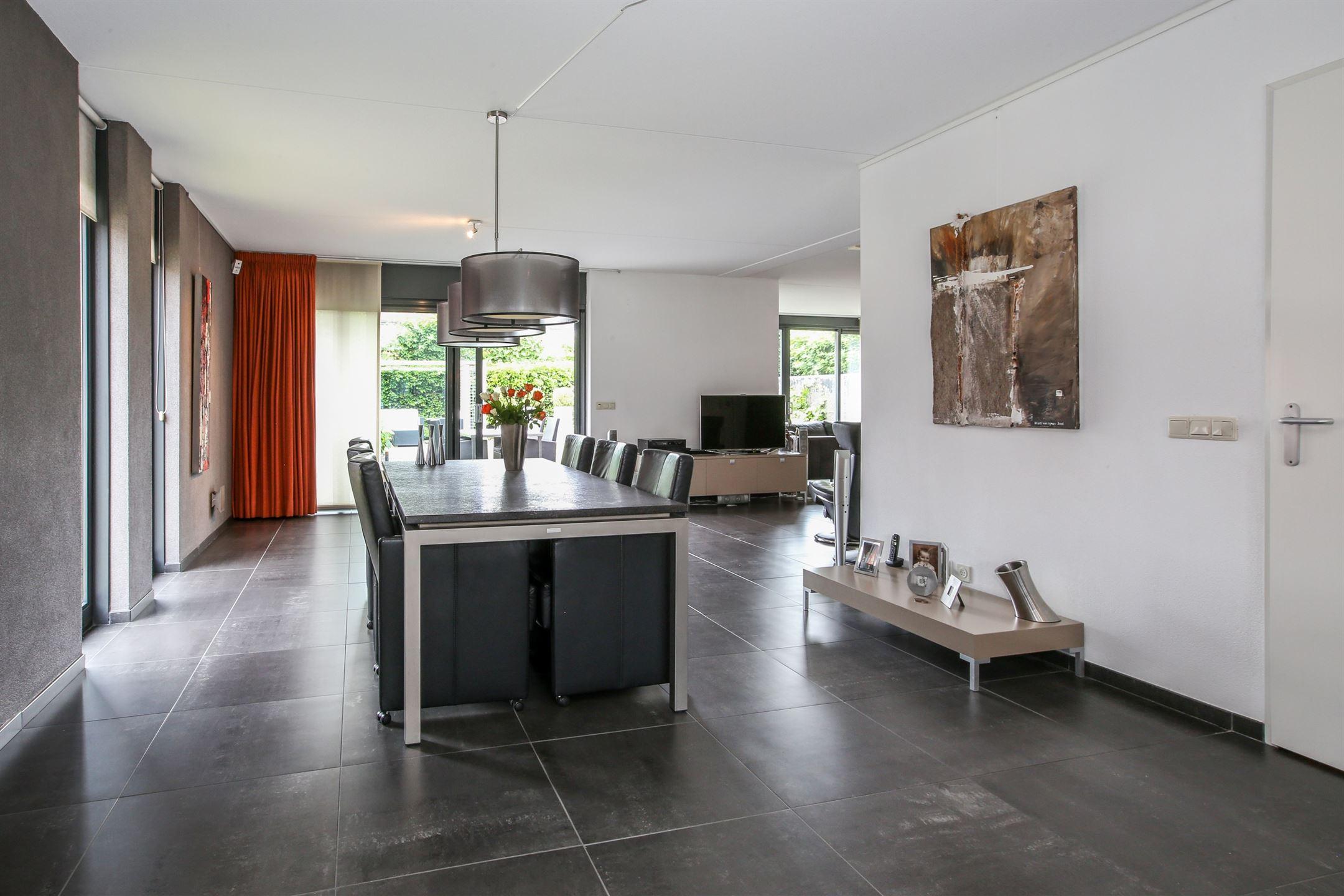 Verkocht villa dotterbloem aa waalwijk funda