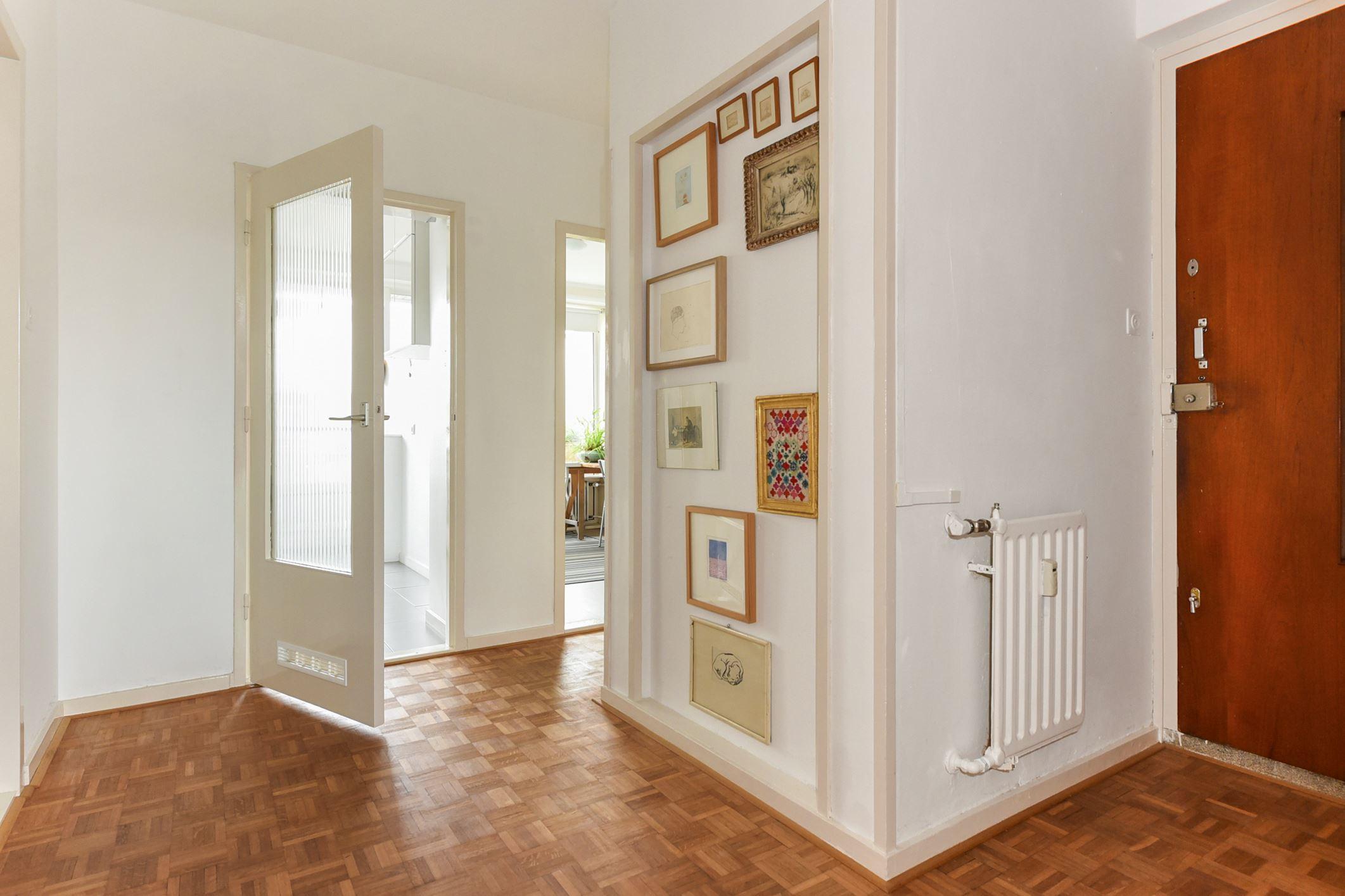 Apartment for sale: parelmoerhorst 57 2592 sc den haag [funda]