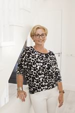 Jannette Klumpenaar (Administrative assistant)