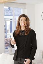 Brigitte de Bruin (Real estate agent assistant)