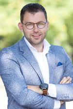 Gertjan Aalten (Real estate agent assistant)
