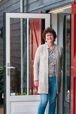 Liesbeth van  Hardeveld-van Steenis (NVM real estate agent)
