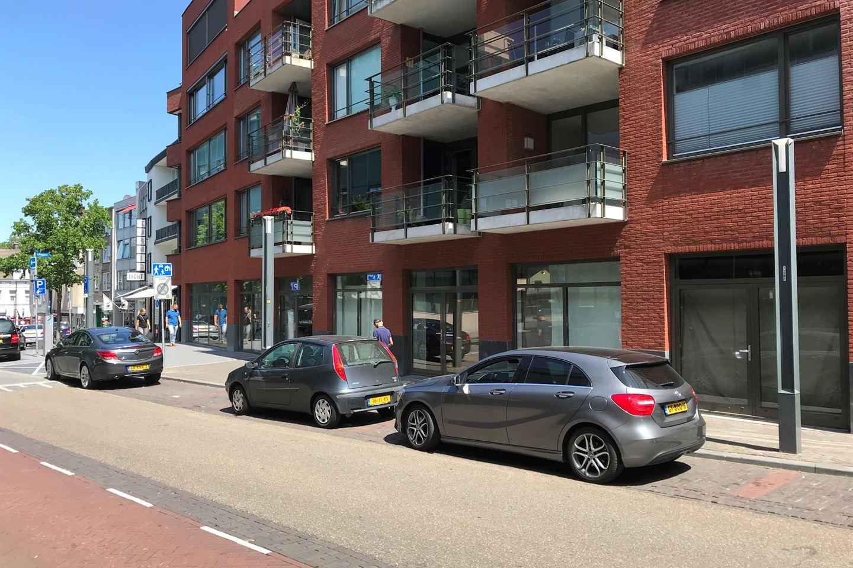 Bekijk foto 5 van Dr. Poelsstraat 21-27