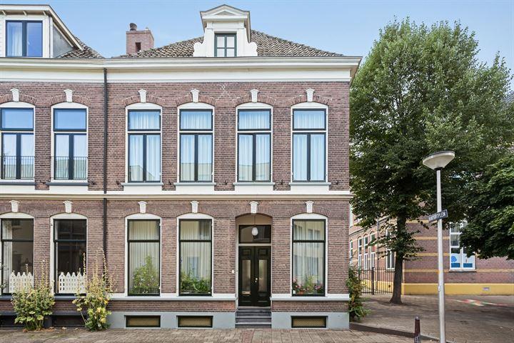 Brinkpoortstraat 5