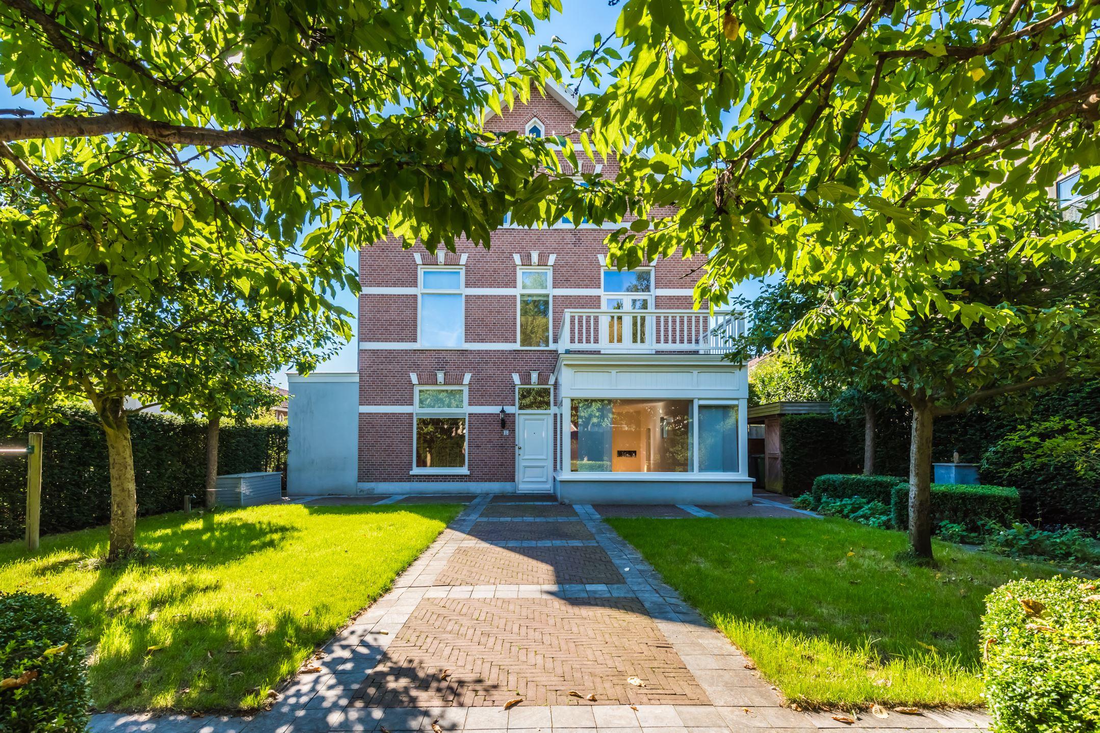 Huis te koop: sophialaan 15 3743 ct baarn [funda]