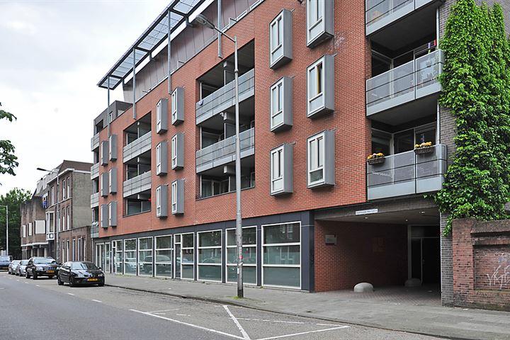 Meerten Verhoffstraat 19 -27+6PP, Breda