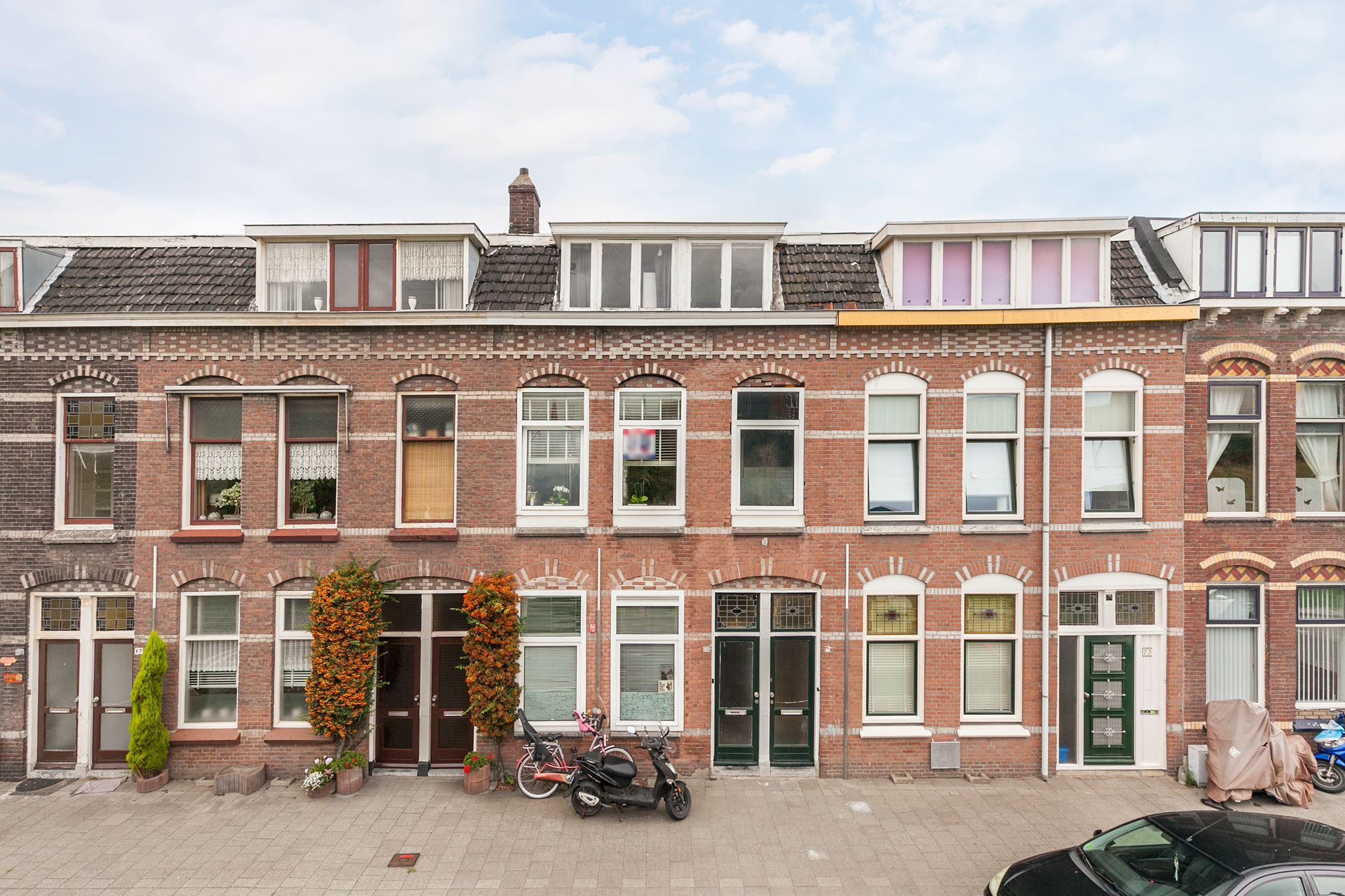 House for sale: spoorsingel 71 3134 xs vlaardingen [funda]