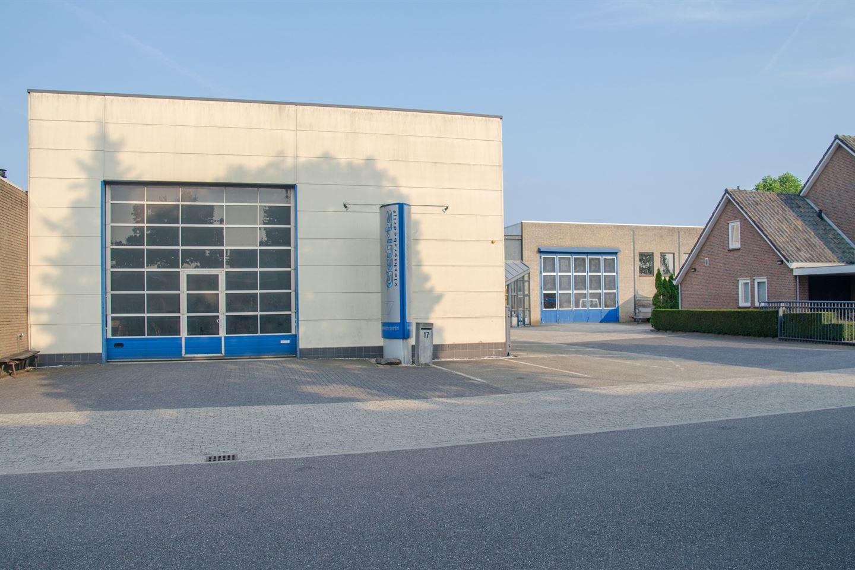 Bekijk foto 2 van Industriepark 17 17A