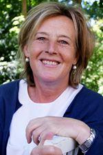 Cornelie (C.A.L.) van Zuuren - Bokhoven (Office manager)