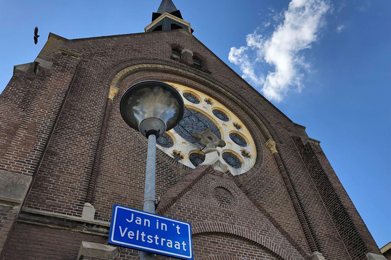 View photo 1 of Jan in 't Veltstraat 94