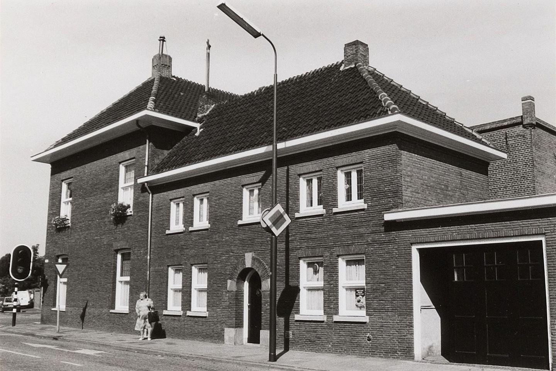 Bekijk foto 2 van Hoofdstraat 84