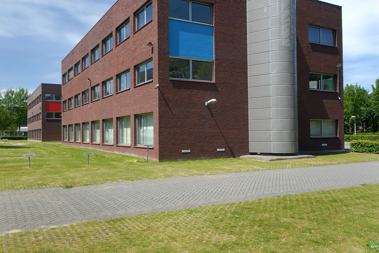 View photo 3 of Randstad 22 149