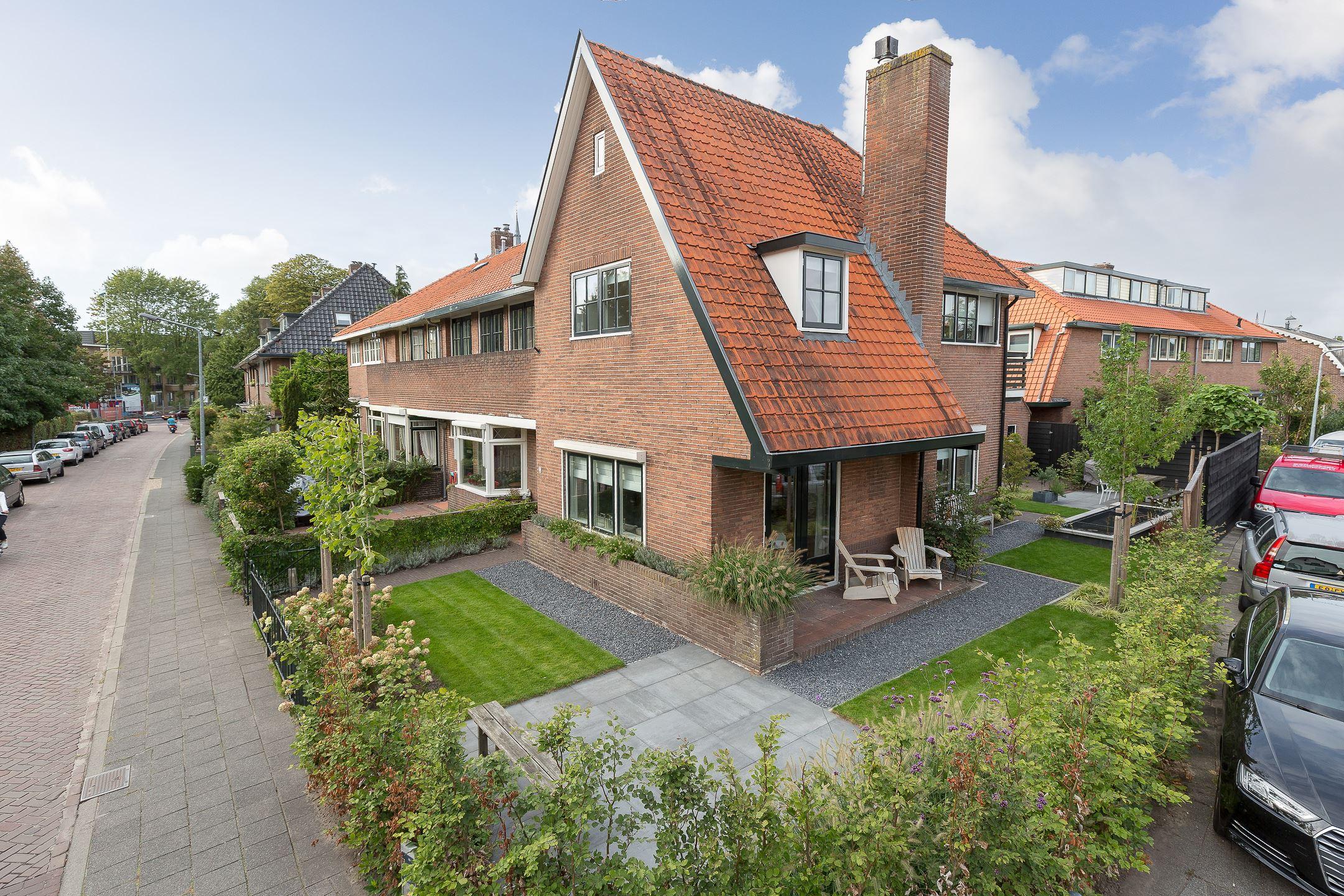 Huis te koop oude amersfoortseweg 25 1213 aa hilversum for Huis hilversum