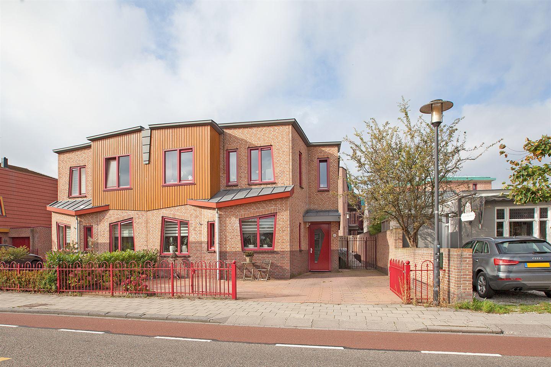 View photo 1 of Dorpsstraat 4