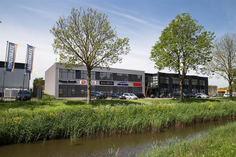 Bekijk foto 3 van Oosthuizerweg 13 F