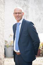 E.A. van der Linde (NVM-makelaar (directeur))
