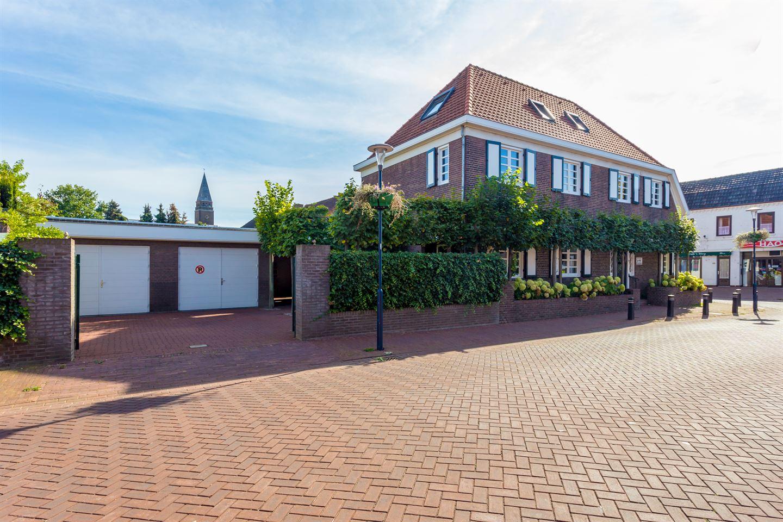 Bekijk foto 3 van Haagstraat 1