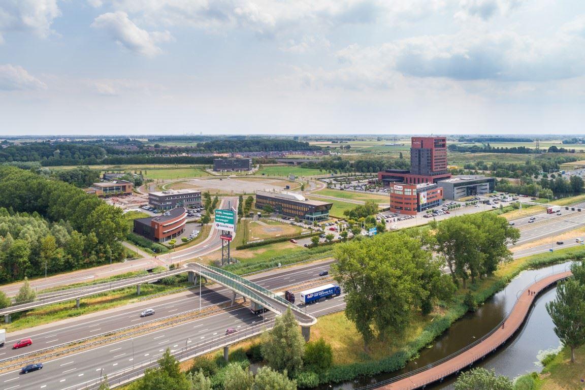 Bekijk foto 1 van Amstelwijck Business Park - Kantoorruimte
