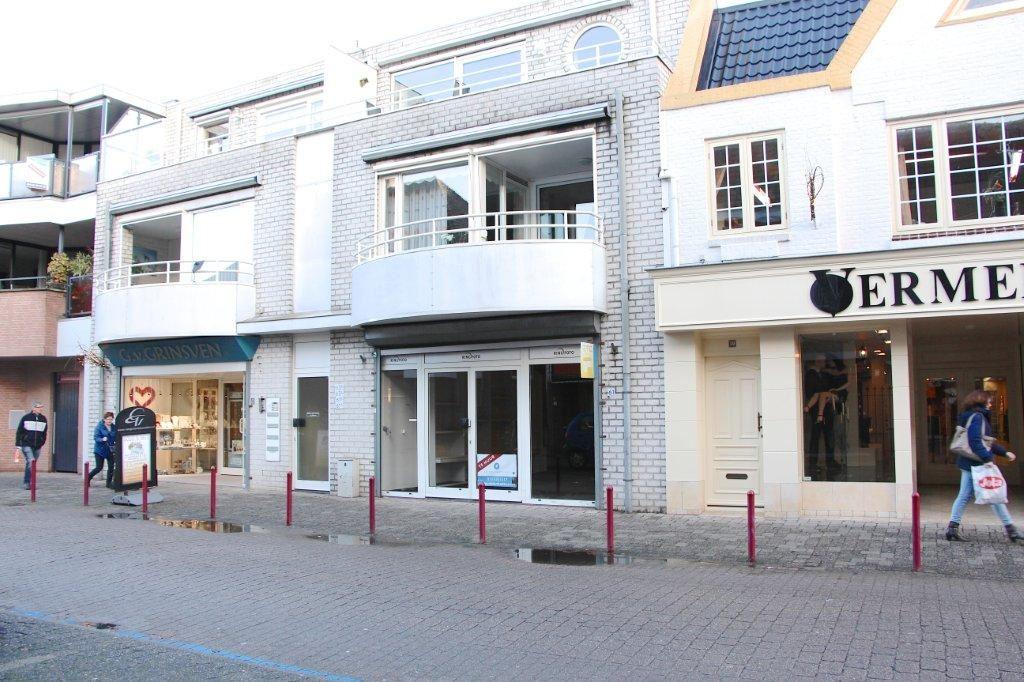 View photo 1 of Hoofdstraat