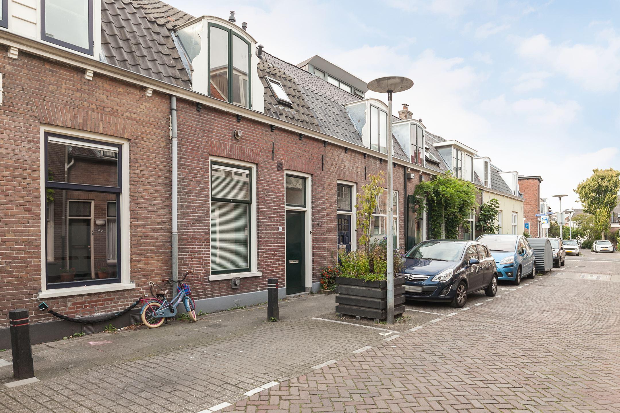 huizen te koop utrecht huis te koop kapelstraat 46 3572 cm utrecht funda