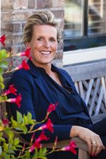 Jacqueline Avezaat (Vastgoedadviseur)