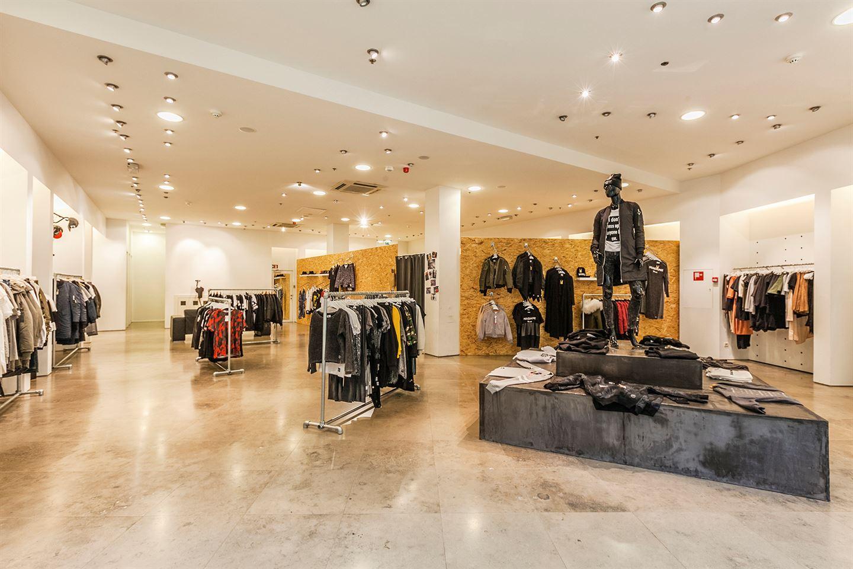 Bekijk foto 2 van Winkelcentrum Corio Center