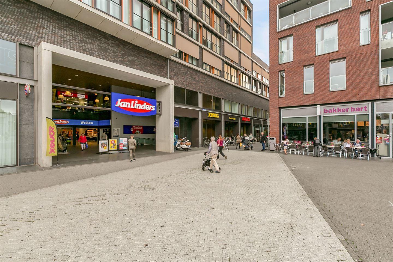 Bekijk foto 2 van Winkelcentrum Geleen