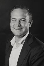 R.D. van Dolder RT RMT-SV (NVM real estate agent (director))