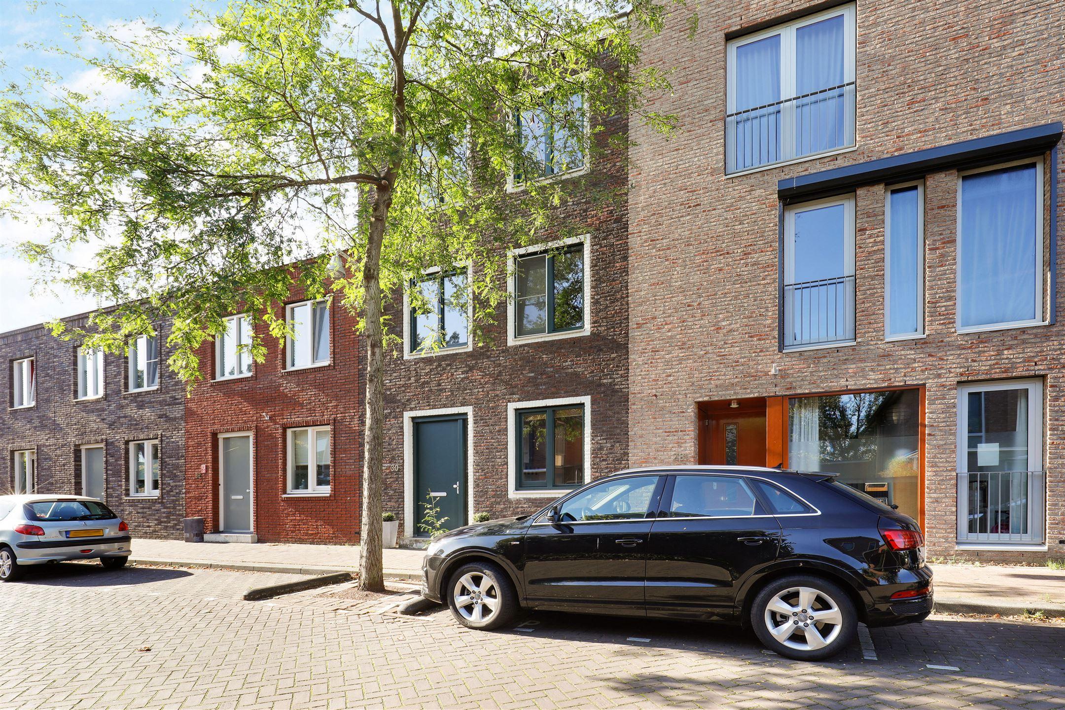 Huis te koop hindeloopenkade 30 3826 bc amersfoort funda for Huizen te koop amersfoort