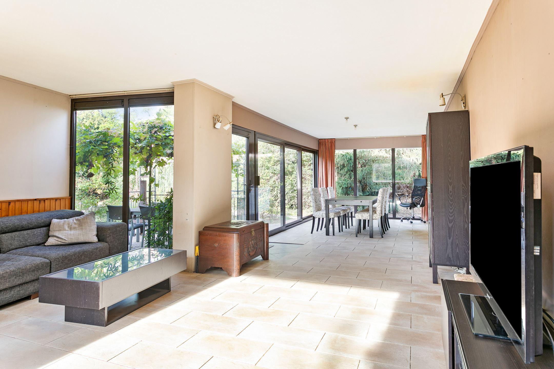 Huis te koop kapellerlaan 50 a 6041 jd roermond funda for Huis tuin roermond