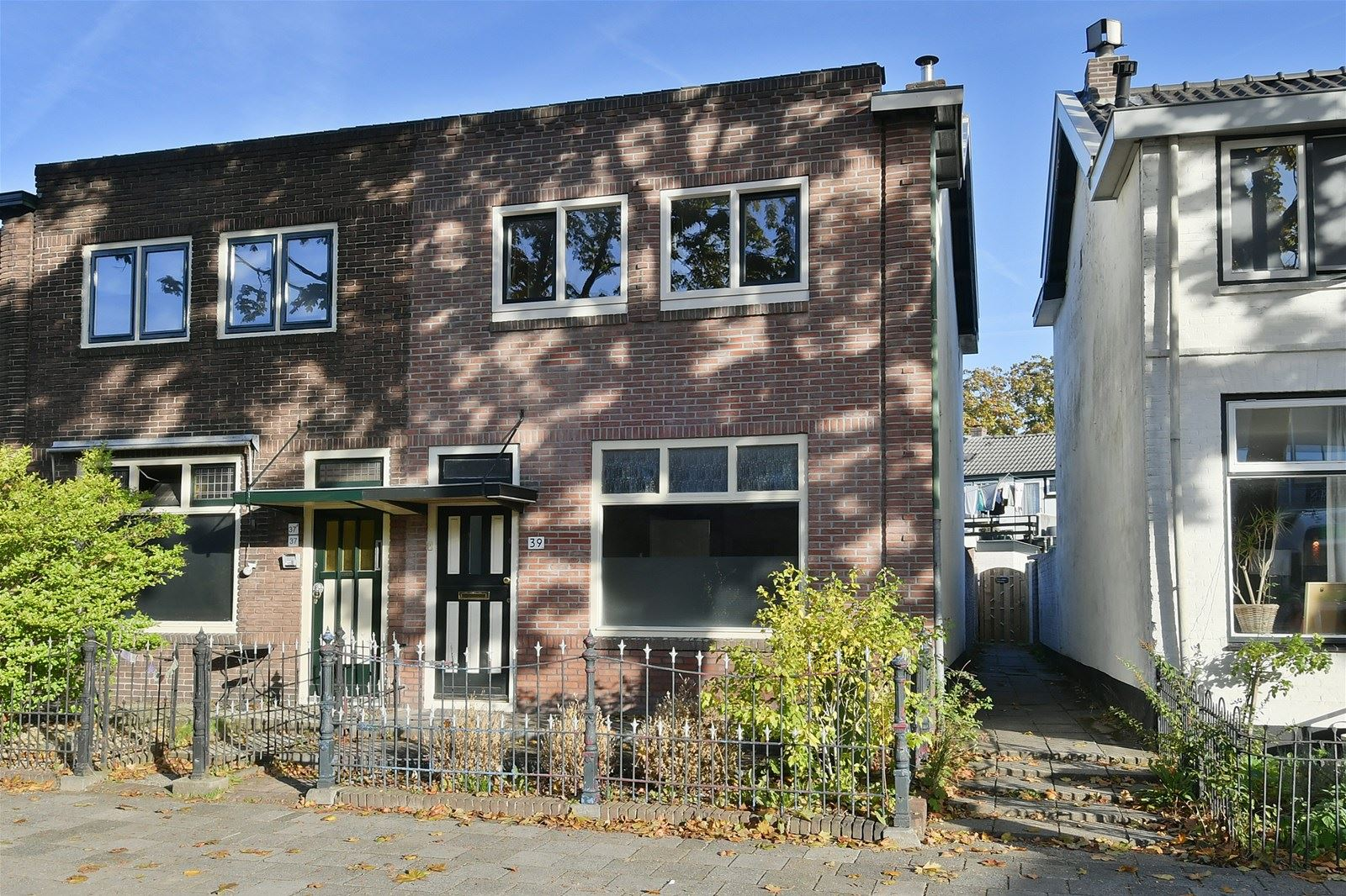 Huis te koop liebergerweg 39 1221 jp hilversum funda for Huis hilversum