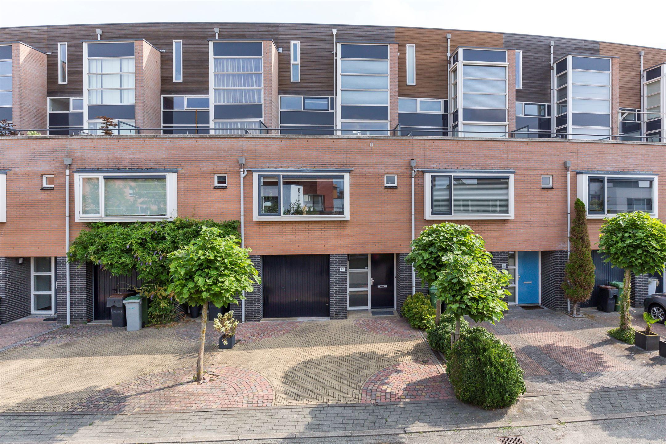Garage Nieuw Vennep : Huis te koop: zomerpark 28 2151 ha nieuw vennep [funda]