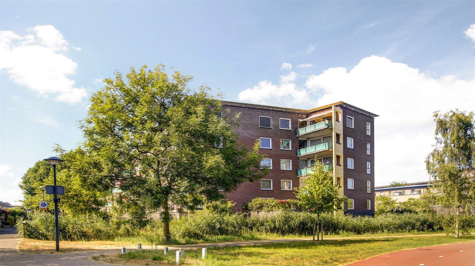 Appartement te koop praterlaan 140 1098 ws amsterdam funda for Funda amsterdam watergraafsmeer