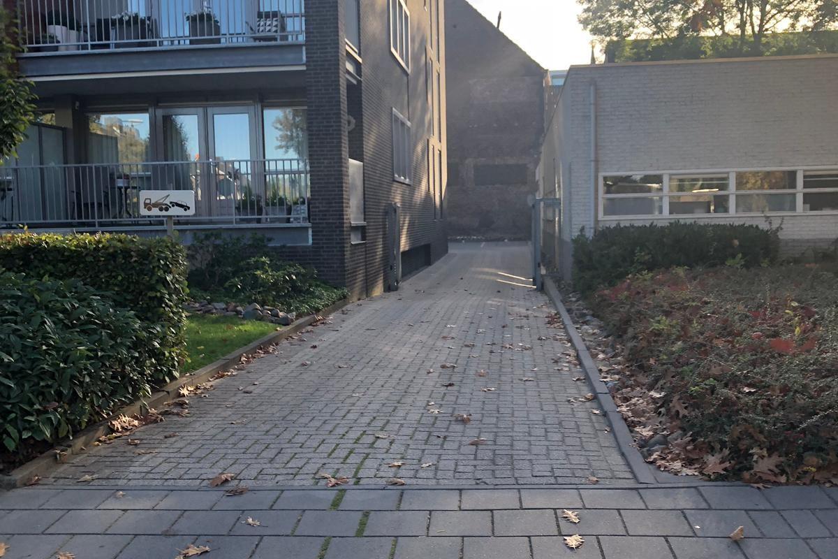 Bekijk foto 2 van Henri Weltersstraat 68 8
