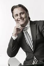 R.J. Hartman, bedrijfsmakelaar