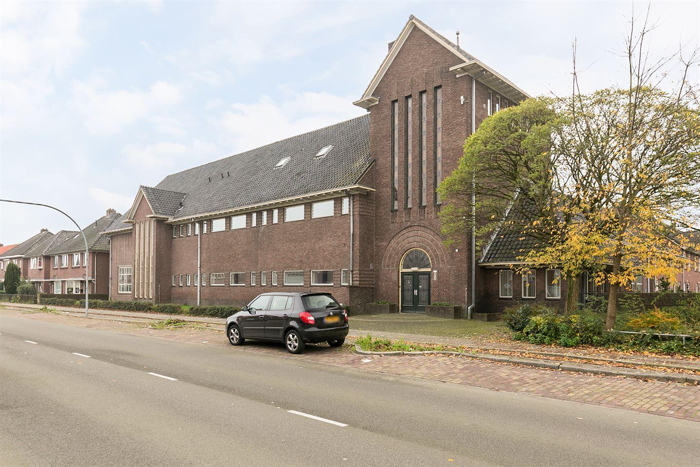 Bekijk foto 2 van Schoolstraat 44
