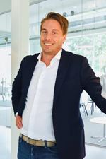 Ron Dirkse (NVM real estate agent (director))