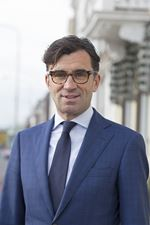 T.C.M. van Mourik (partner) (Directeur)