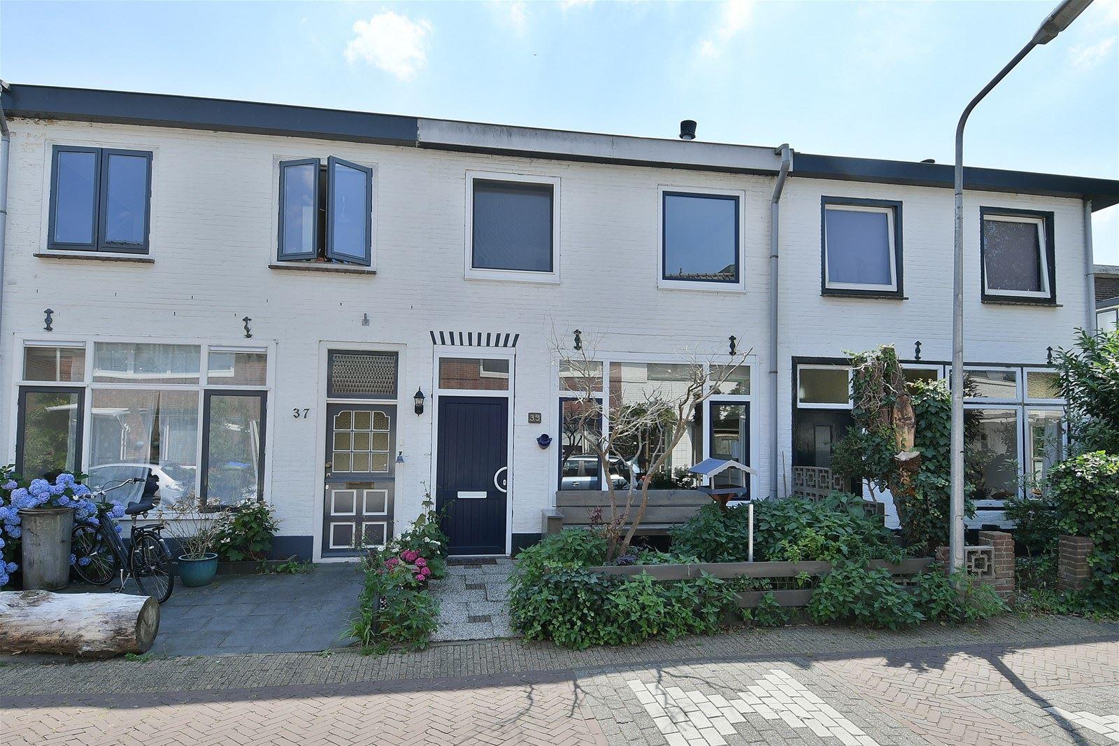 Huis te koop 2e nieuwstraat 39 1211 jv hilversum funda for Huis hilversum