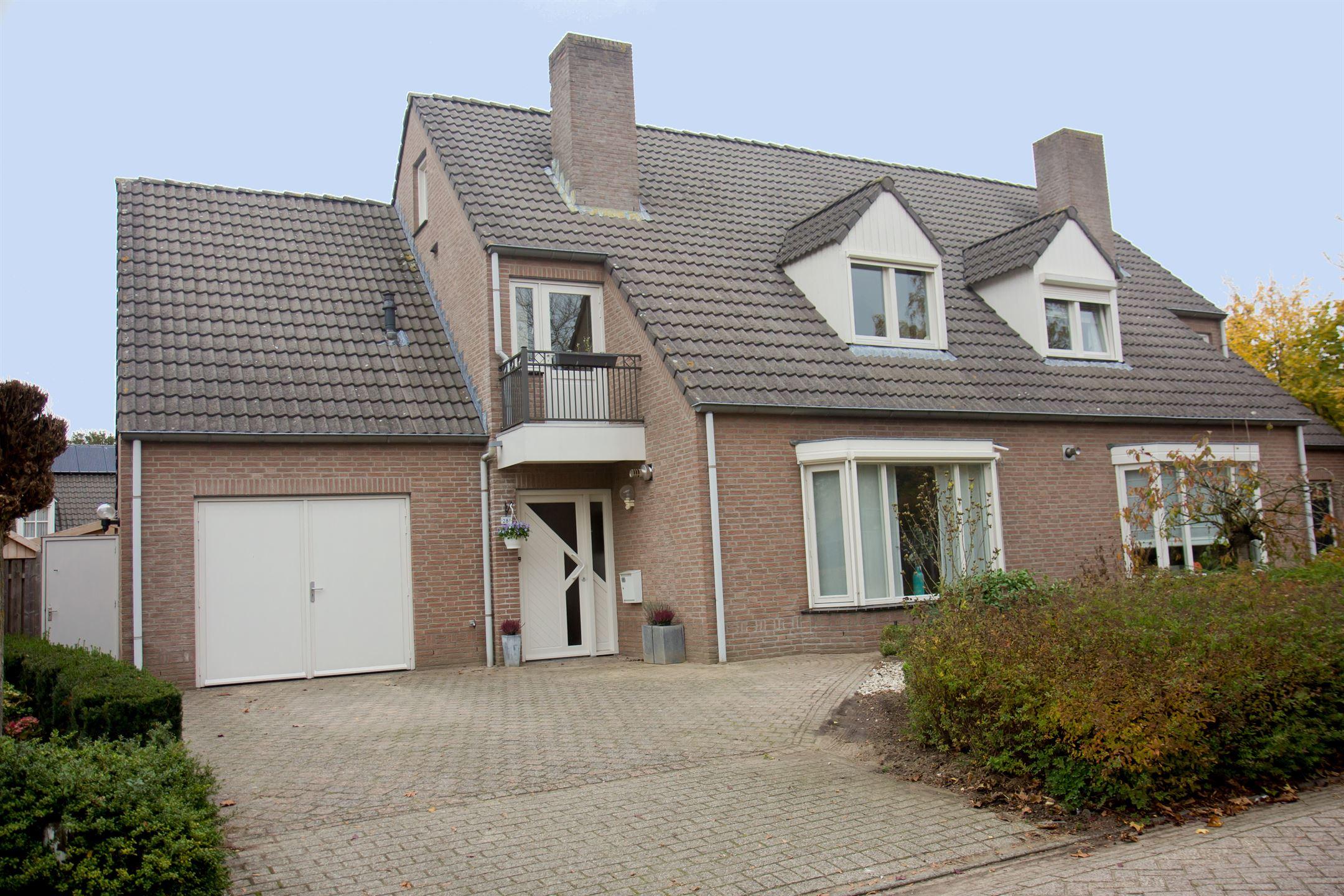 Huis te koop: steenovens 28 a 5563 cb westerhoven [funda]