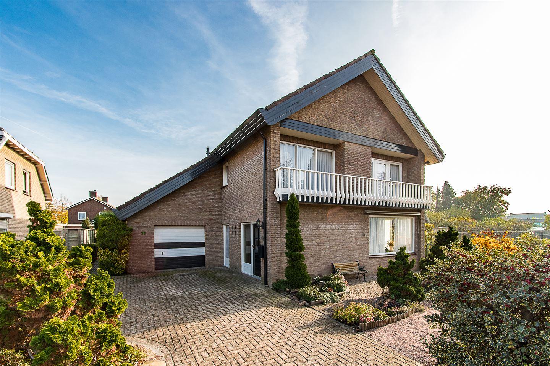 Keukens Kopen Kerkdriel : Huis te koop: leijensteinstraat 35 5331 cs kerkdriel [funda]