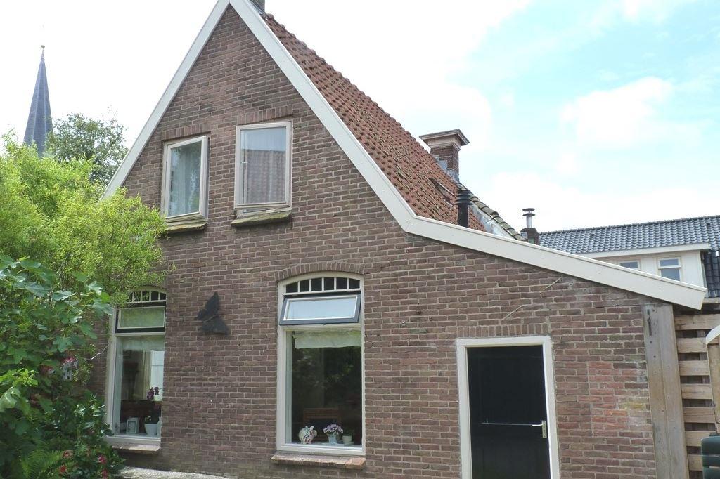 View photo 1 of Hoofdstraat 38