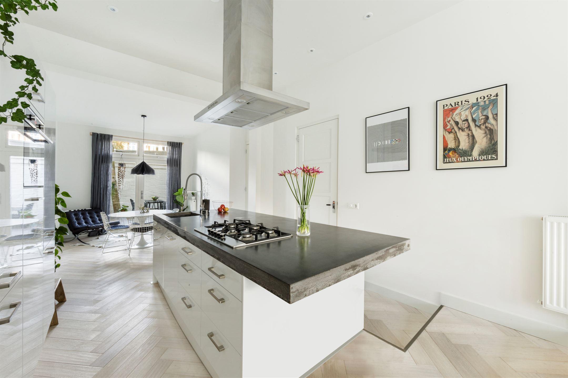 Luxe Badkamer Amsterdam : Appartement te koop pijnackerstraat hs jv amsterdam funda