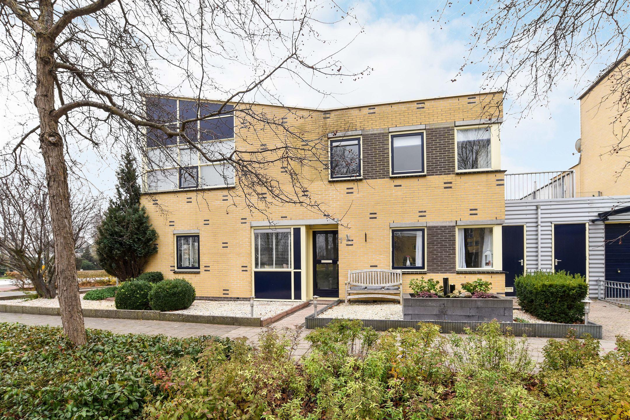 Apartment for sale: gaard 1 1705 dp heerhugowaard [funda]