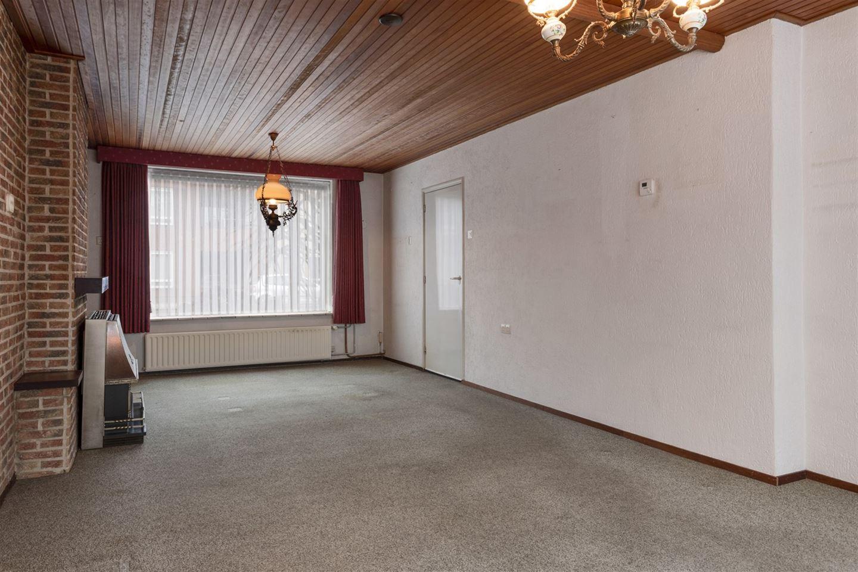 Bekijk foto 2 van Van Berghenstraat 19