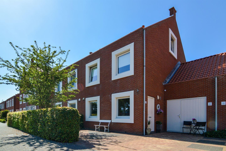 Bekijk foto 1 van Herman Bielingplein 8
