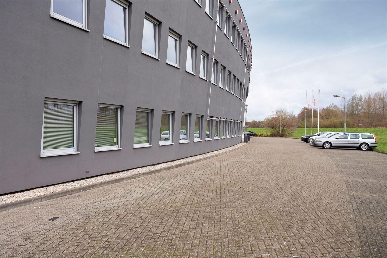 Bekijk foto 3 van Maagdenburgstraat 16