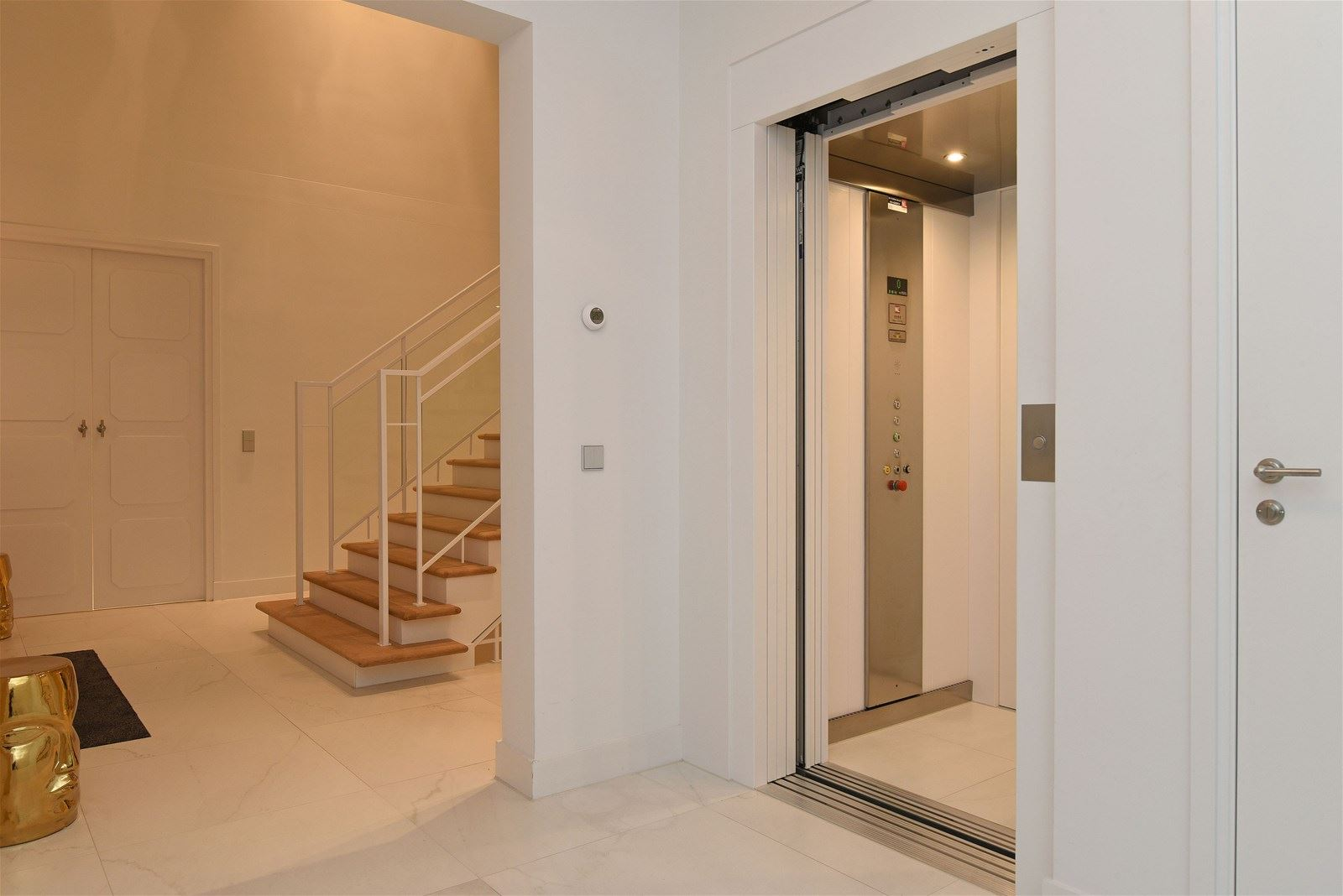 Huis te koop: legrasweg 9 1251 gs laren nh [funda]