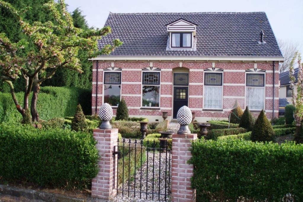 View photo 1 of Hogeweg 17